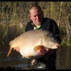 Catching massive carp in France