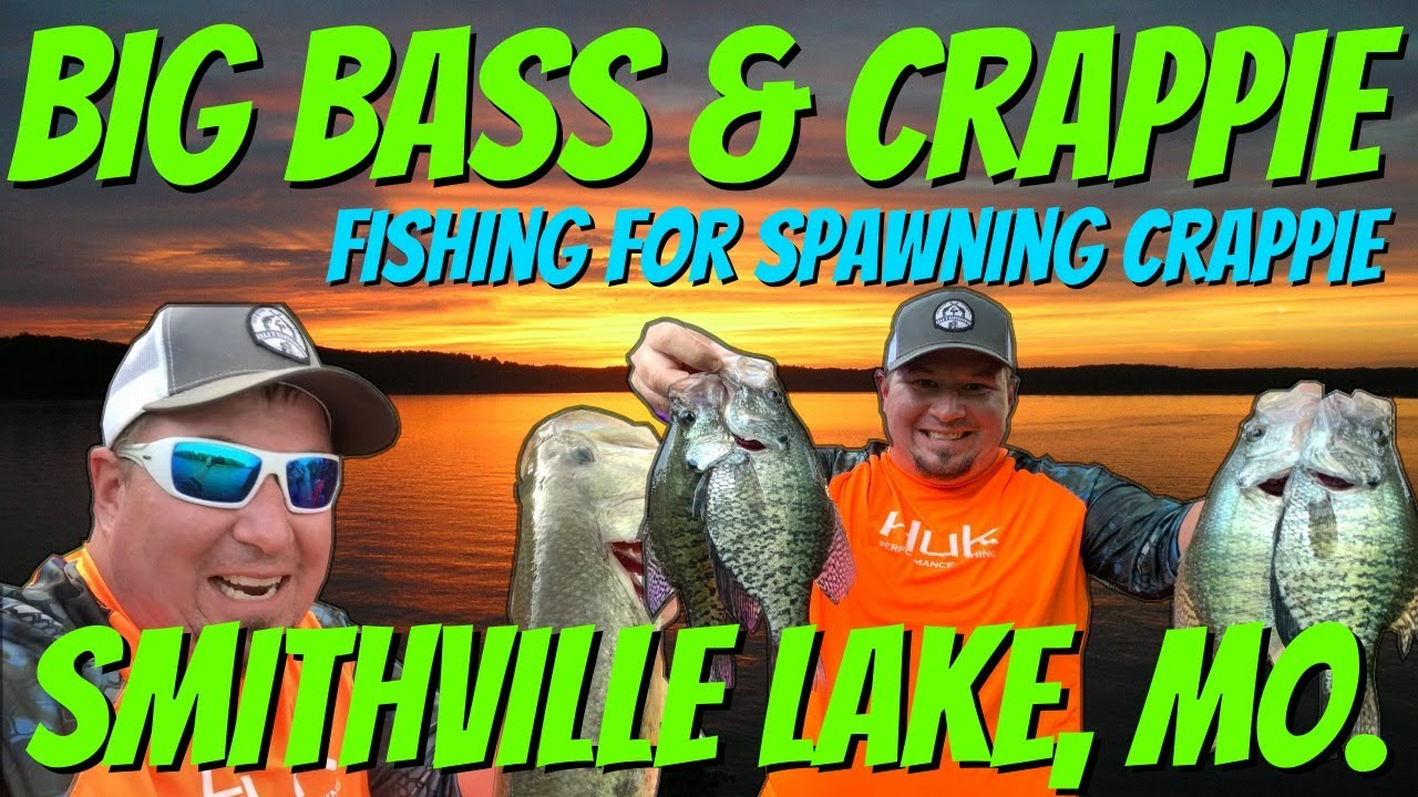 Big Bass Surprise while Catching Giant Spawning Crappie Fishing